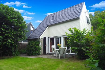 Holiday home with Sauna near Wadden Sea Friesland - Anjum