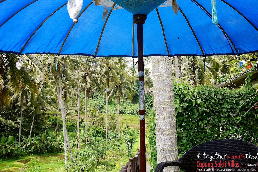 Coffee, tea or breakfast... In your private terrace, surrounding at 180˚ a specular and unique view in Ubud.