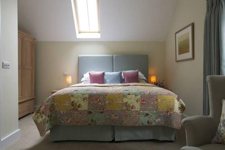 Fonthill - The Royal Oak Inn Swallowcliffe