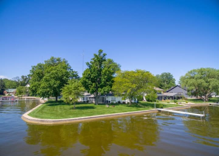Warsaw Home on Winona Lake with great views.