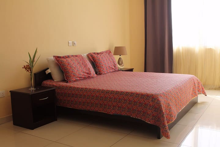 100 CLUB professional accommodation in Accra - Accra - Bed & Breakfast