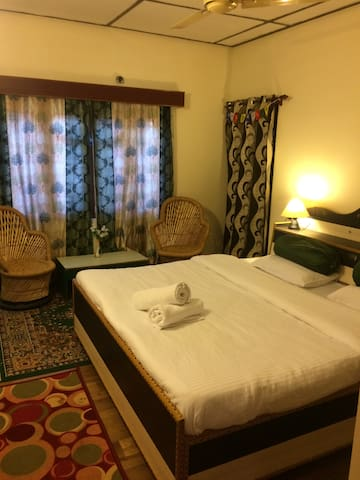 Holistic Homestays double room with kitchen