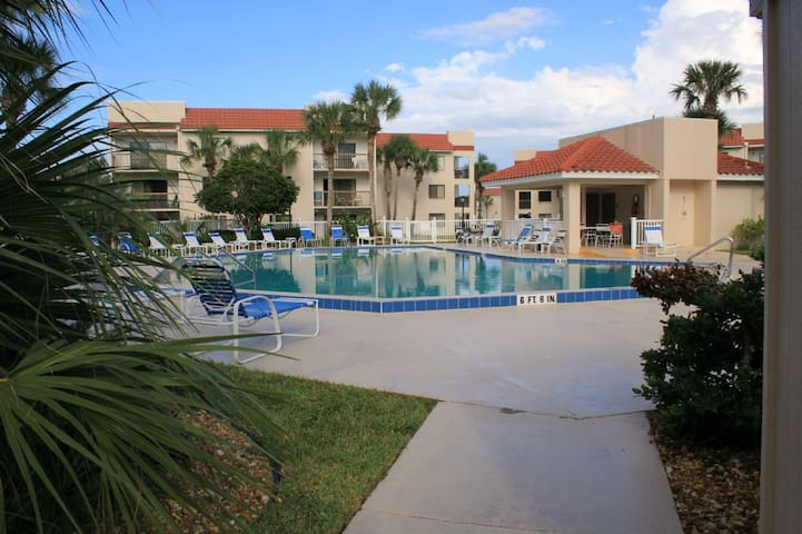Privacy of a Screened Patio, Pet Friendly Beach Condo - Ocean Village Club Condo C15