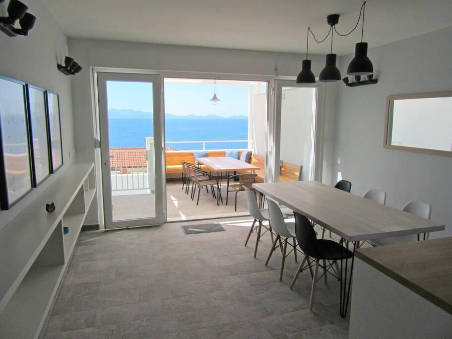 Piccolo Paradiso S  (5) terrace, dining room