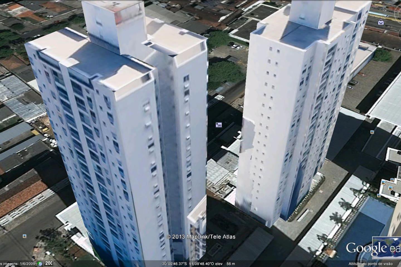 Duas torres do Condomínio. !8 andares. Ap. fica no 14º