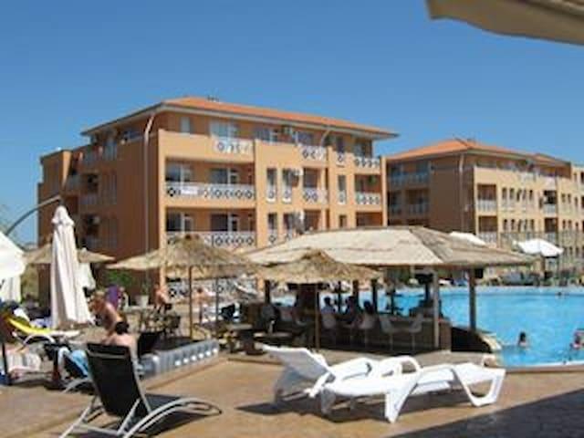 ground floor studio balconey and views - Sunny Beach - Serviced apartment