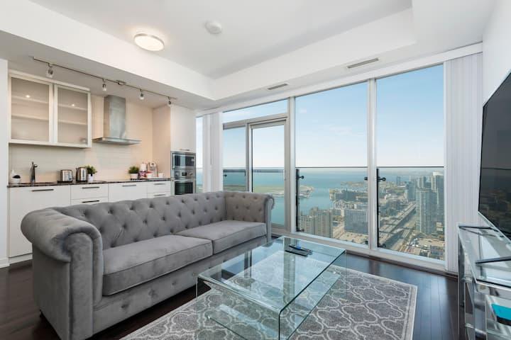 MCS Executive Suite LAKE / CITY VIEW