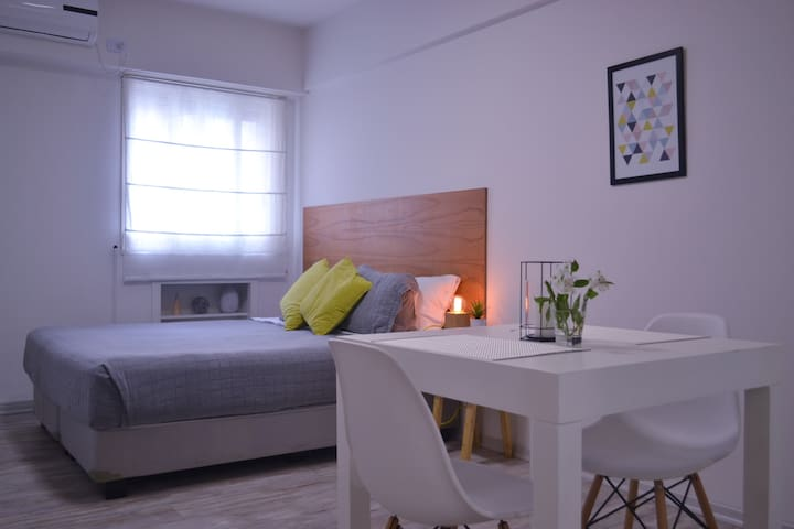 Comfy Studio Apt Downtown. Buenos Aires