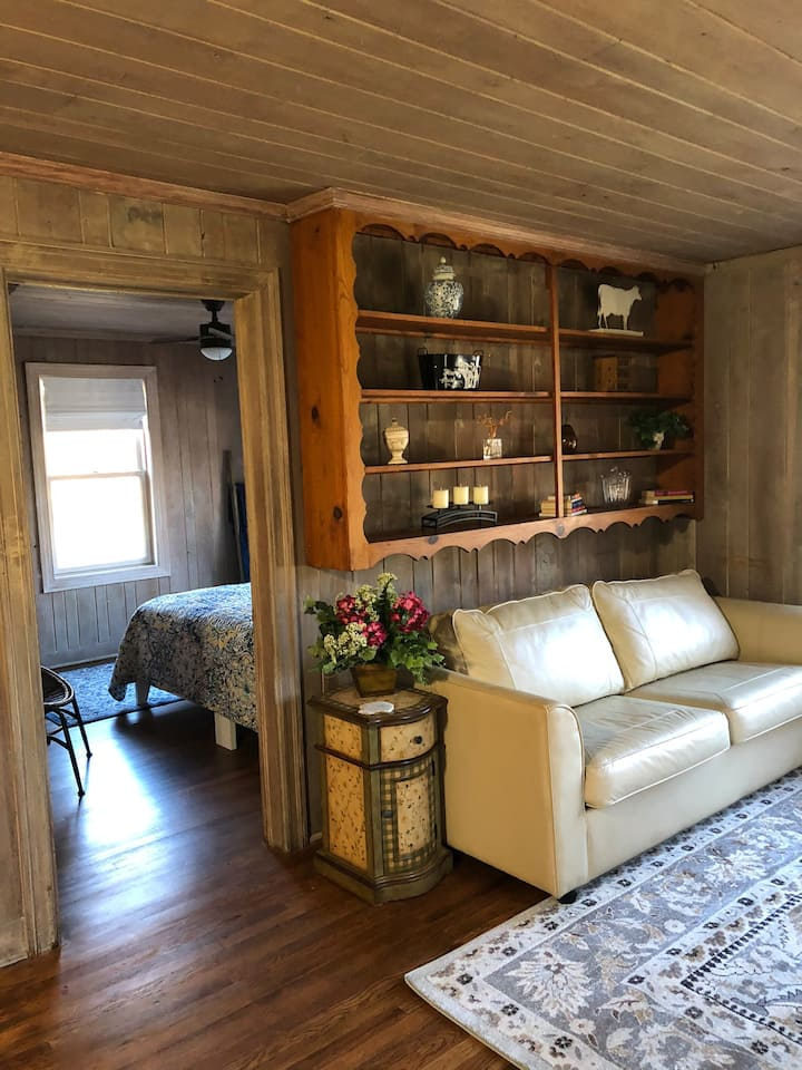 Cottage Apartment by the Cane River