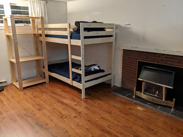 The Hive - (Women's only) Drummond bunk