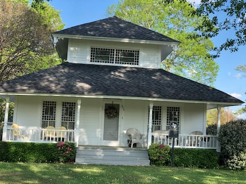 Charming 100-yr. old Bungalow