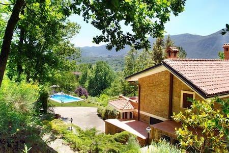 """Beautiful """"Villa Mimosa"""" 50 km outside of Rome - Gerano"""