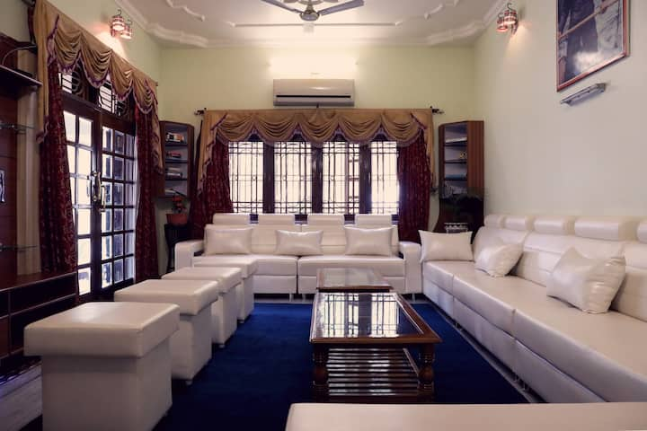Villa Benares - A lavish standalone villa
