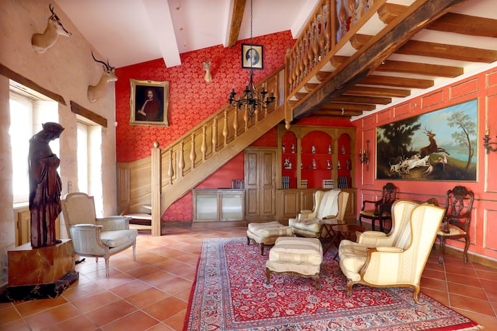 """La Chasse"" apartment on boutique wine estate"