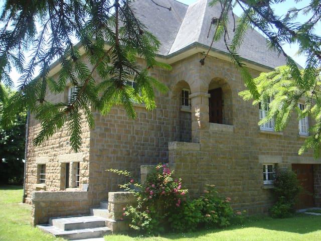 Genets Baie du Mt St Michel Maison - Genêts - House