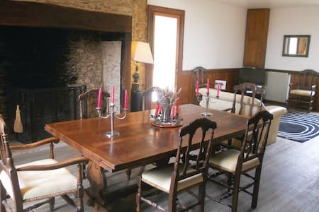 5 Bedrooms Home in Sainte Foy de Belves - Sainte Foy de Belves - 一軒家