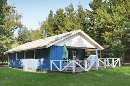 Holiday cottage with 3 bedrooms on 73m² in Toftlund