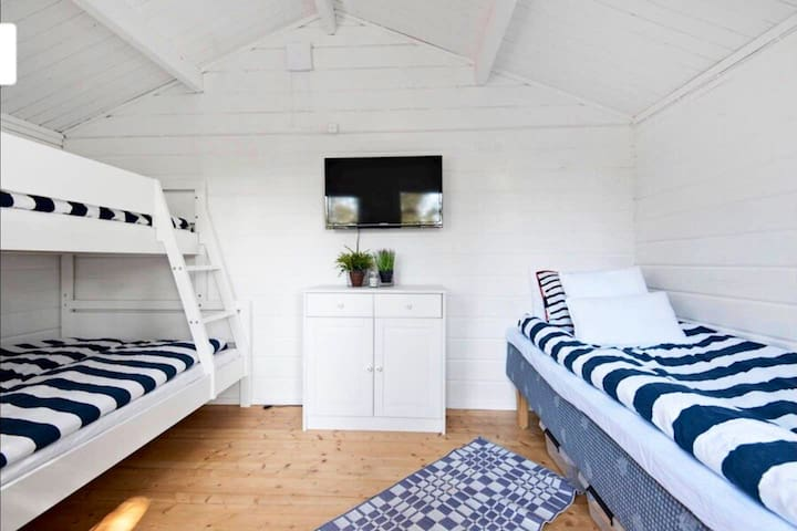 Guesthouse with beds for 4 people