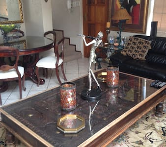 Bedroom to let 15 min frm O R Tambo - Edenvale - Bed & Breakfast