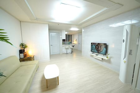 New listing! Charlie's house-close to Guro station