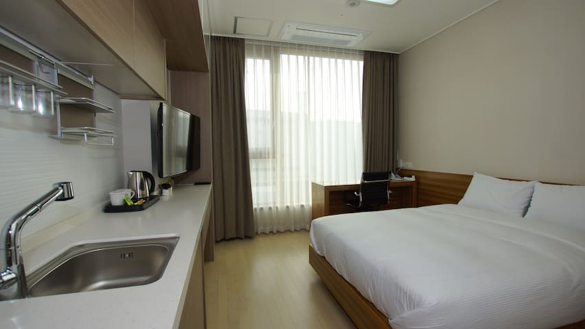 Cplus Residence Hotel - Hwaseong-si