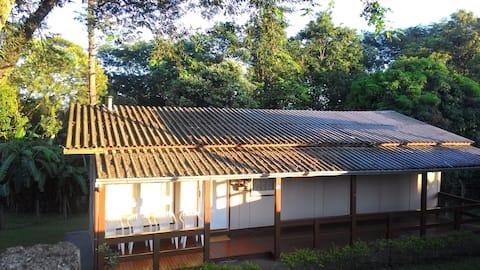 Casa em Itá-SC bela, acolhedora, parque aquatico