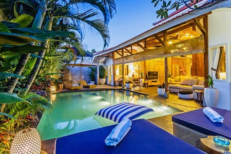 The Joglo · Dream Joglo Villa - Seminyak Buzz location - NEW