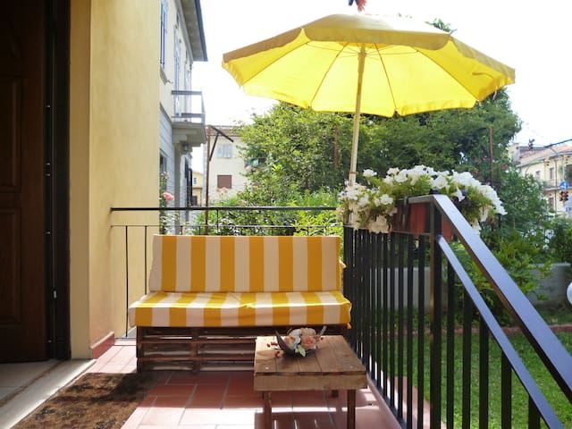 Independent apartment near the escalators - Arezzo - Bed & Breakfast