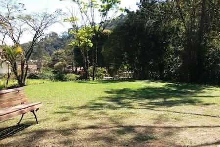 Casa de campo Ipiabas ao lado Conservatória RJ - Casa de campo