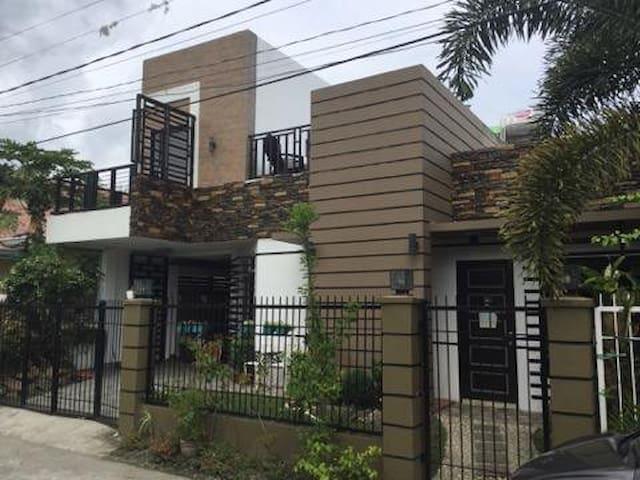 La Soledad Residences Group