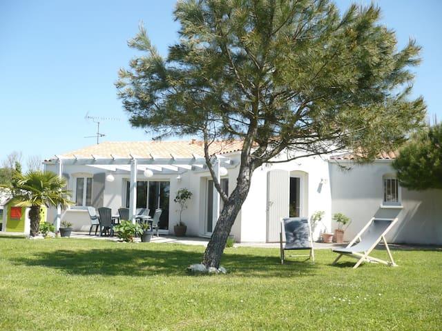 Maison 4 chambres moderne proche Rochelle - Saint-Médard-d'Aunis - Feriehjem