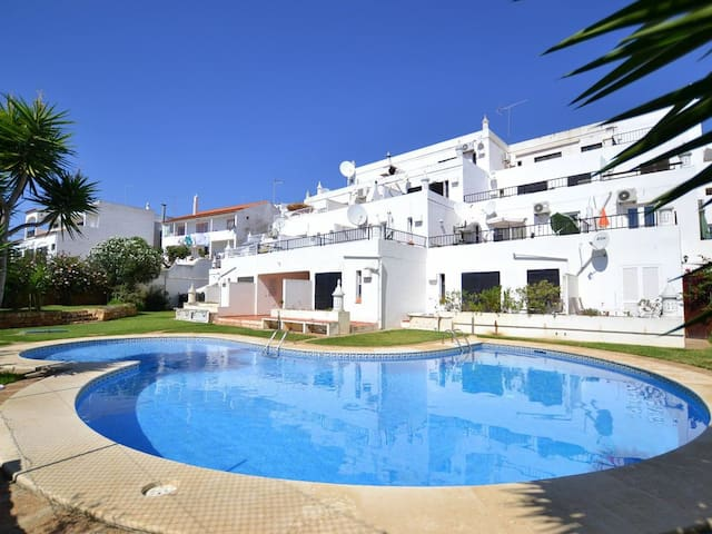 Withe Patio Albufeira,terrace, pool acces,sea view