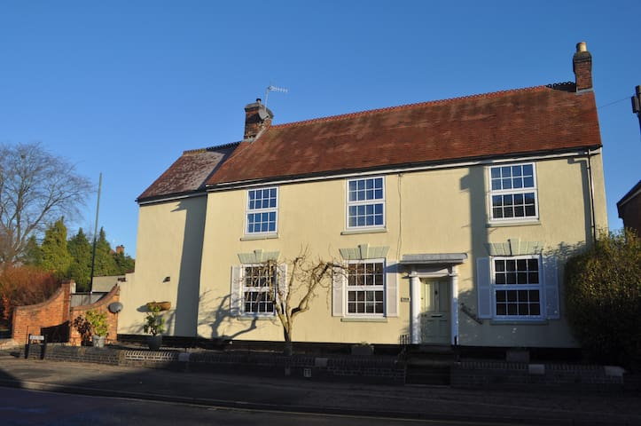 Woodlands - Abbey Room - Pershore - Bed & Breakfast