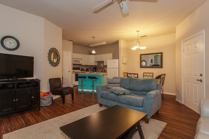 Clean Updated Fam Friendly by Tampa - Odessa - Wohnung