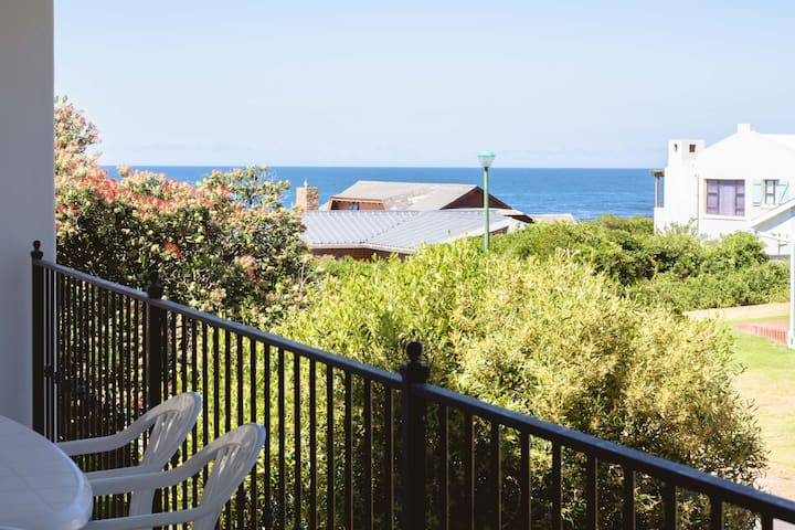 Protea 29 Self- Catering (5 bedrooms)