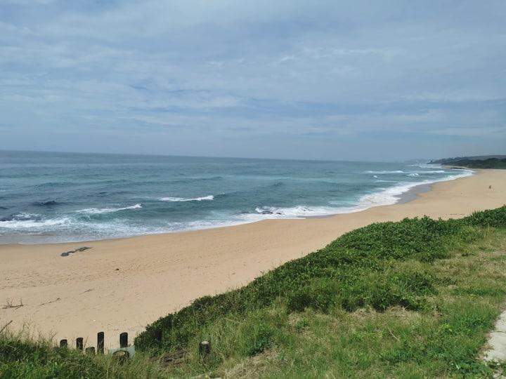 Beach house with direct beach access