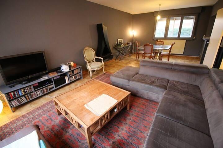 Chambre privée. Tourcoing, quartier La Victoire