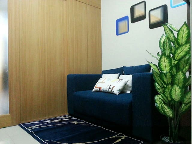 Homelike place to stay in front MOA - Pasay - Pis