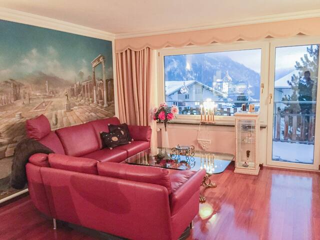 EXCLUSIVE FLAT ON 1400M ALTITUDE