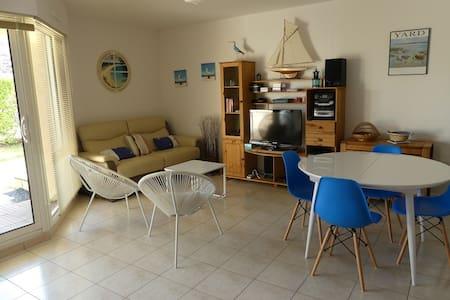 Appartement (Type 3) à 100m de la Plage