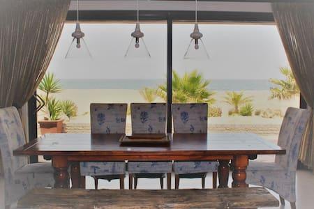 Seascape Self-catering Beach Villa