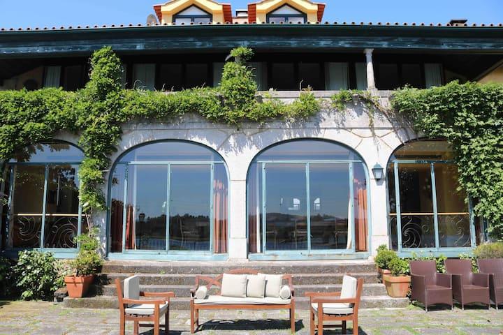 Splendid Portuguese Villa