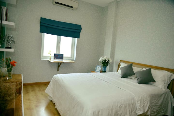 Good value place - backpacker area - L3