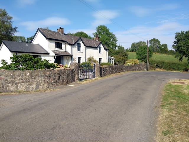 Ashside Cottage, Hillsborough, Belfast.