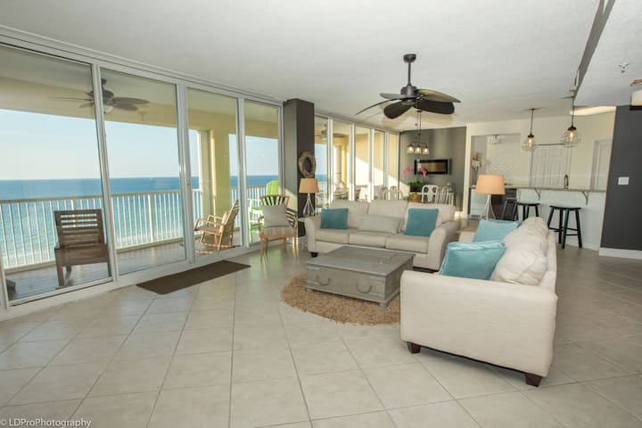 Oceania 705 - Beautiful 3 BR facing the gulf with spacious 40' balcony