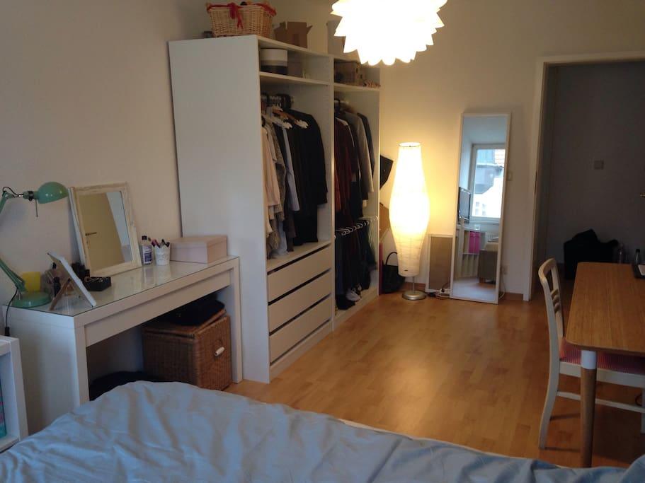 sch nes zimmer in leipziger wg wohnungen zur miete in leipzig sachsen deutschland. Black Bedroom Furniture Sets. Home Design Ideas