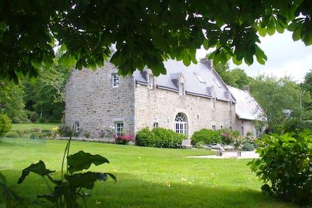 Maison de famille à louer - Languidic - Haus
