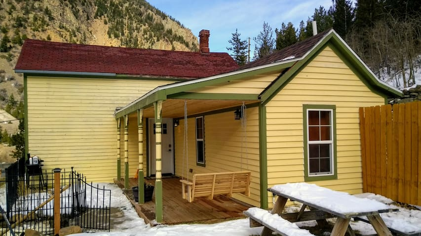 Miners Ridge Vacation Chalet