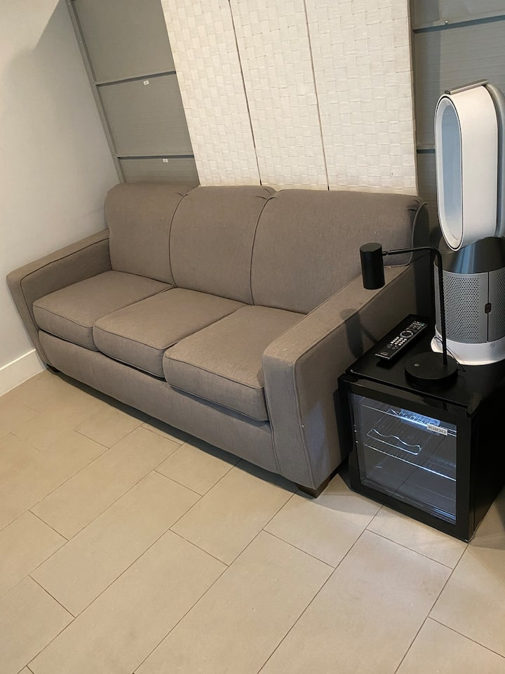 Sofabed Space
