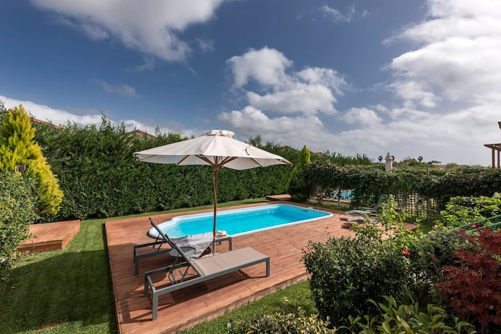Dimitra, Villa with pool 250m to the beach